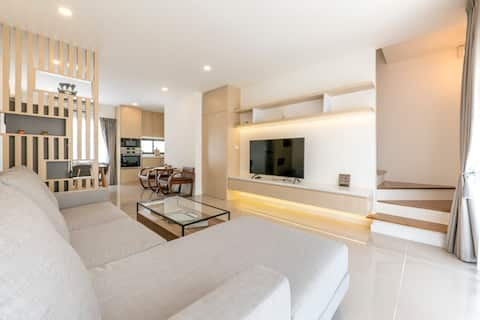 *Central Rama2/3BR Lux Cozy Home/8 Sleep/Parking*