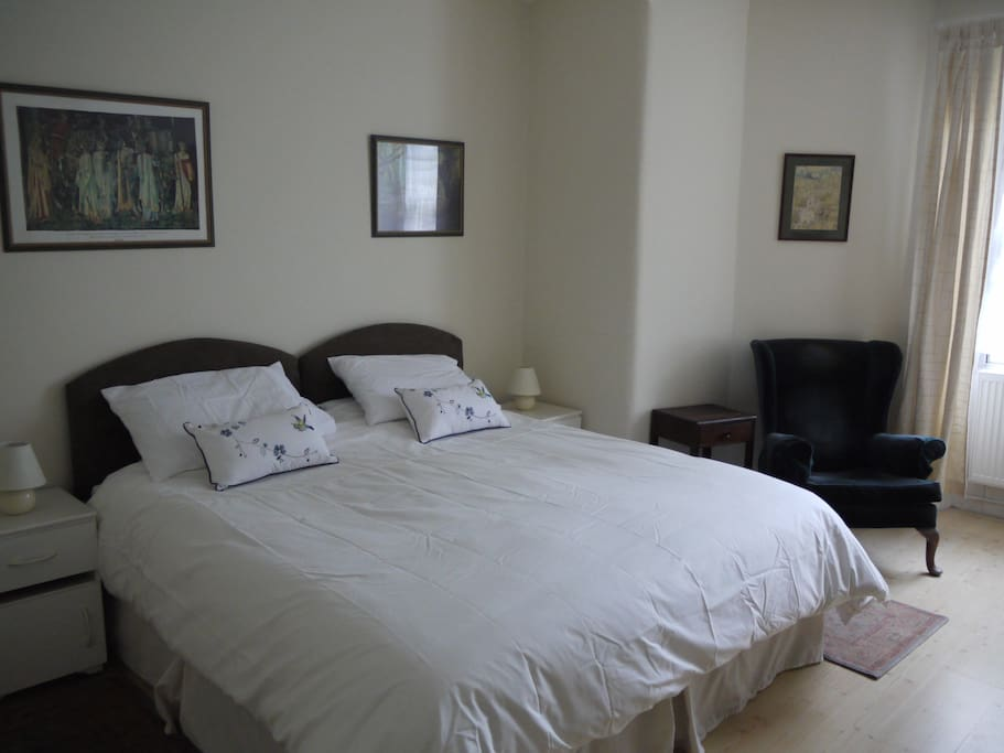 Bedroom with King Sized double bed