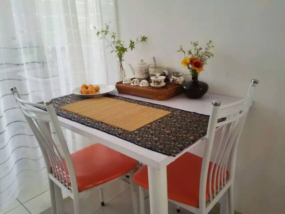 茶台兼餐桌