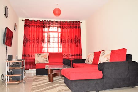 Safe & Accessible 3 Bedroom Apartment near Airport - Nairobi  - Wohnung