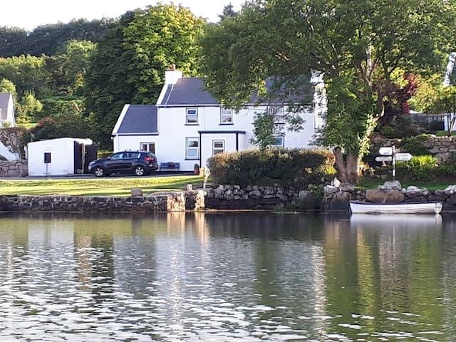 Nancys cottage (own pier and slipway) sleeps 6.