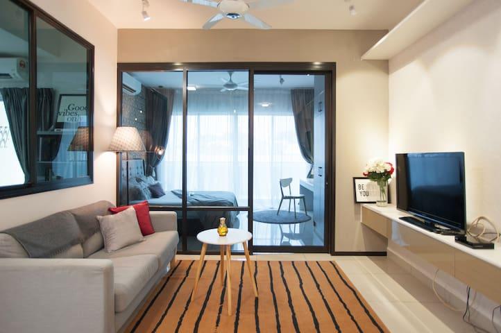 Casa Cinta @ Oasis Ara Damansara | Hi-speed Wi-Fi