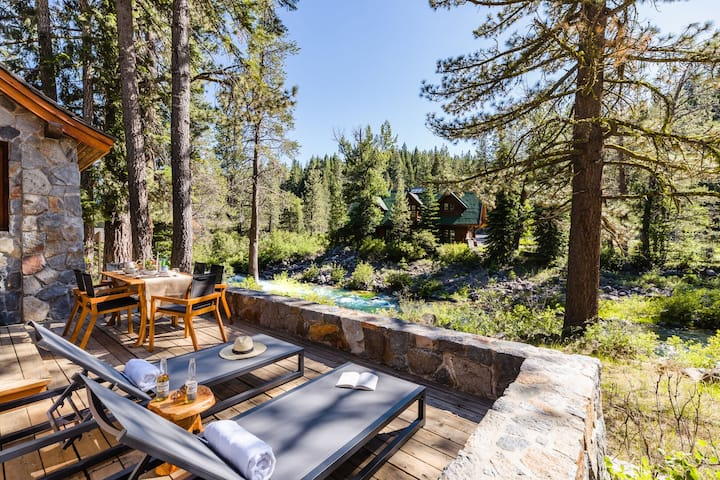 Jasper by AvantStay | Secluded Cottage On Truckee River| Mins to Squaw Valley