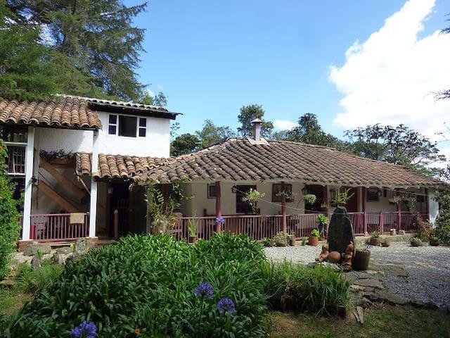 La Casa Vieja   Santa Elena