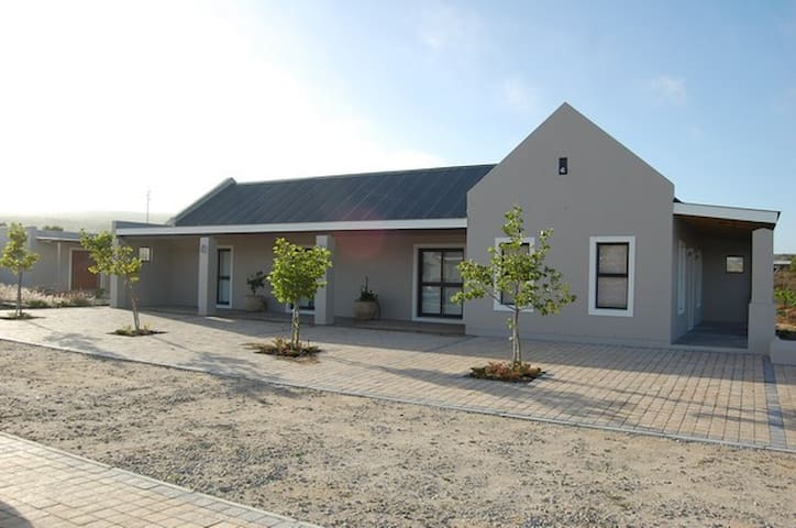 Longacre Olives - Mission Cottage - Langebaan