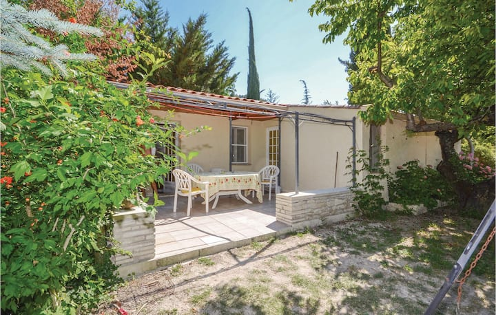 Nice home in Crillon Le Brave with WiFi and 2 Bedrooms