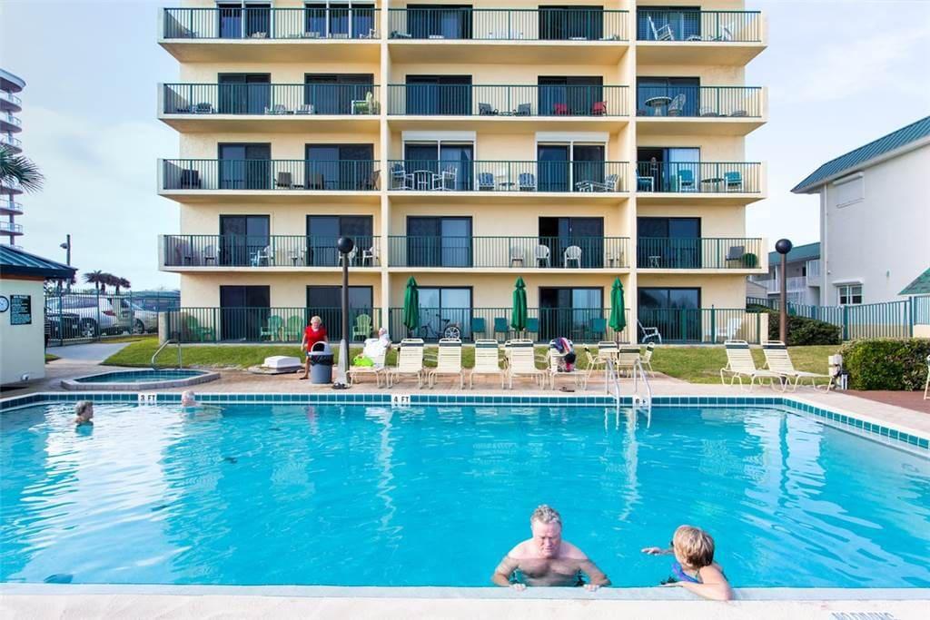 Sunglow Resort 202 Condominiums For Rent In Daytona Beach Shores Florida United States