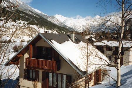 chambre dans un village montagnard - Bramans