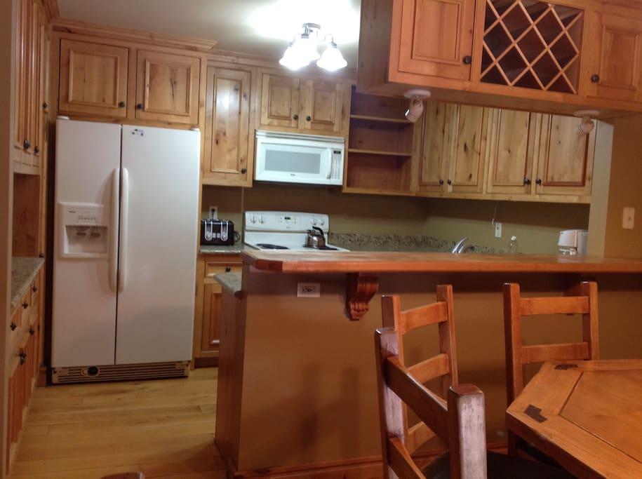 Bar and kitchen