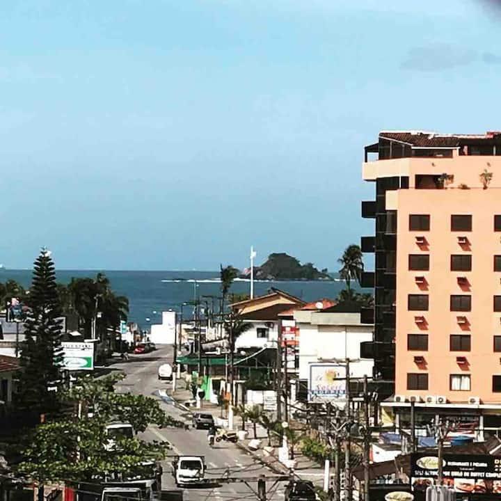 Guarujá, apartamento na praia da Enseada