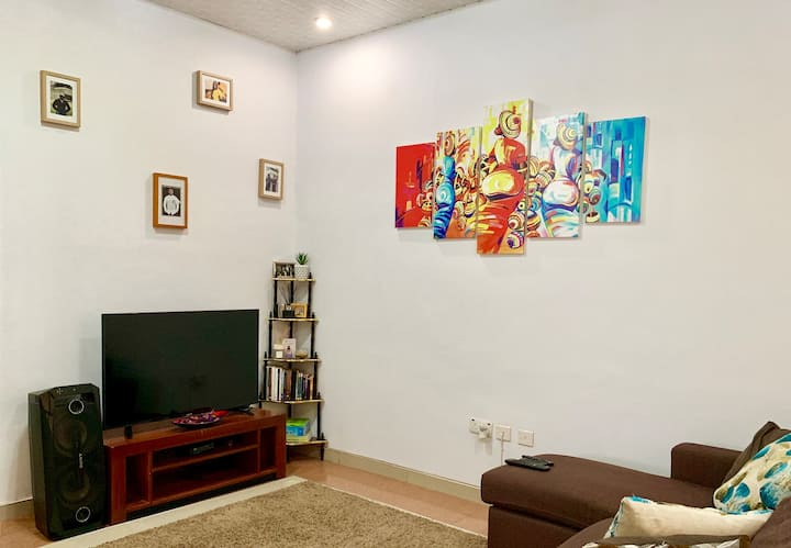 A Cosy Self-Catering Apartment in Accra