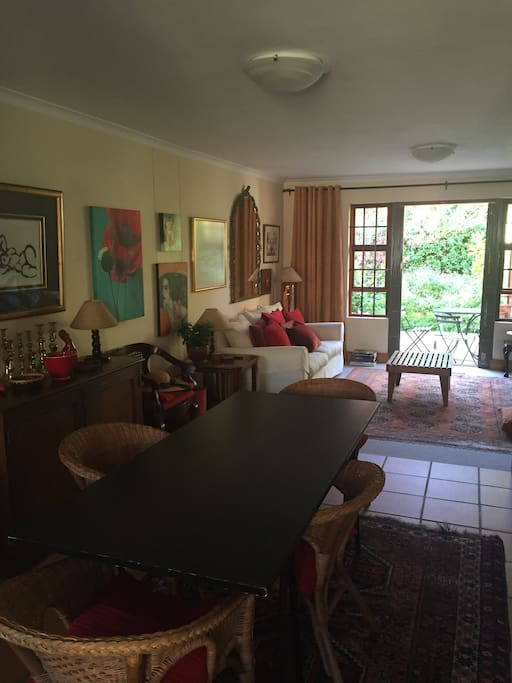Lovely open plan dining room and lounge