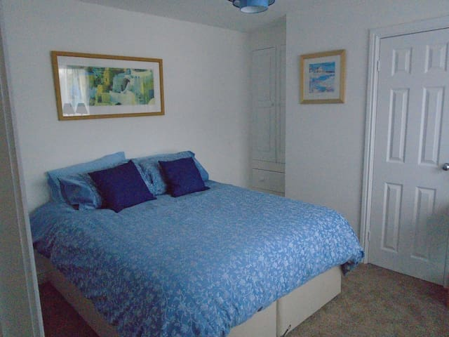 ground floor double or twin room on suite