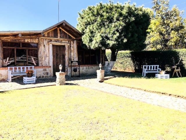 Casa Lepa