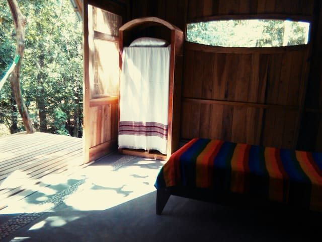 Yogic Jungle Casita2 Close to Ocean - san juanillo  - Stuga