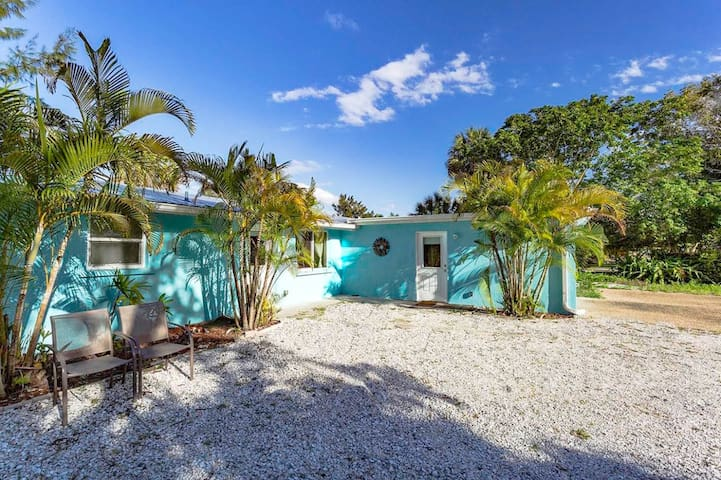 Siesta Sun Villa 6 Bedrooms 4 Baths on Siesta Key - サラソータ - 別荘