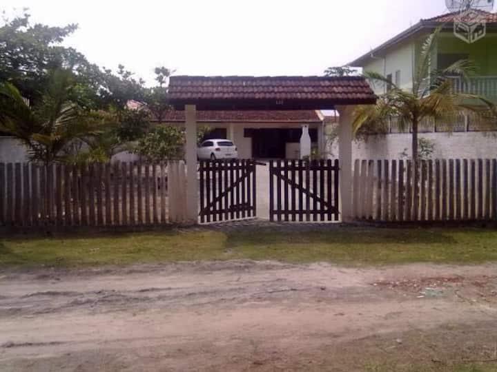 Casa praia Itapoá SC