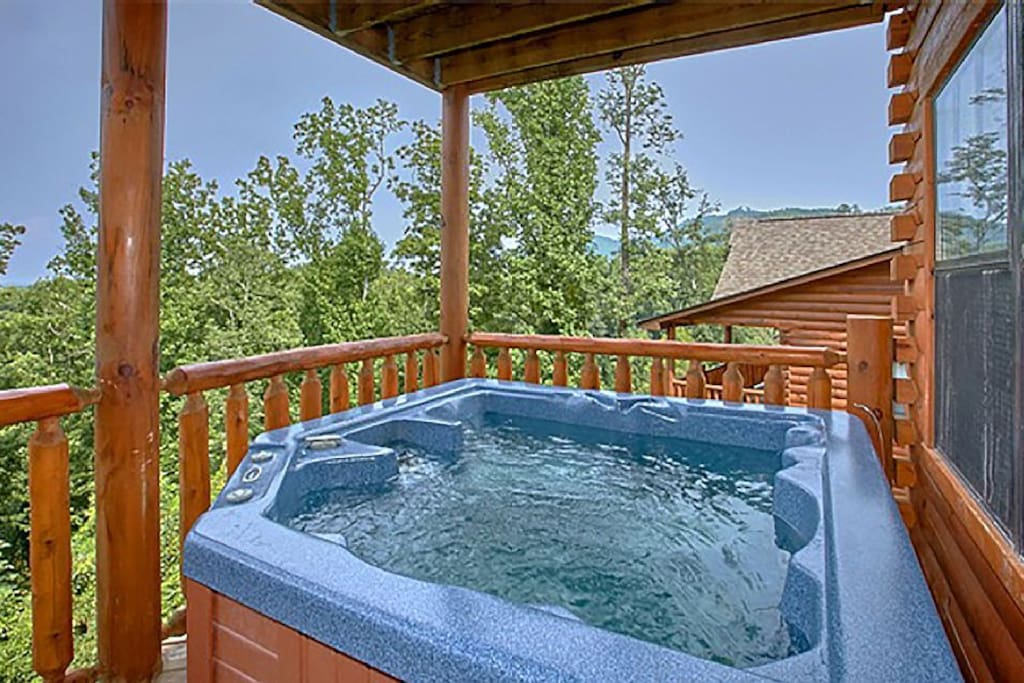 The hot tub is the perfect place to unwind after enjoying dining, shopping, and attractions around the Smokies.