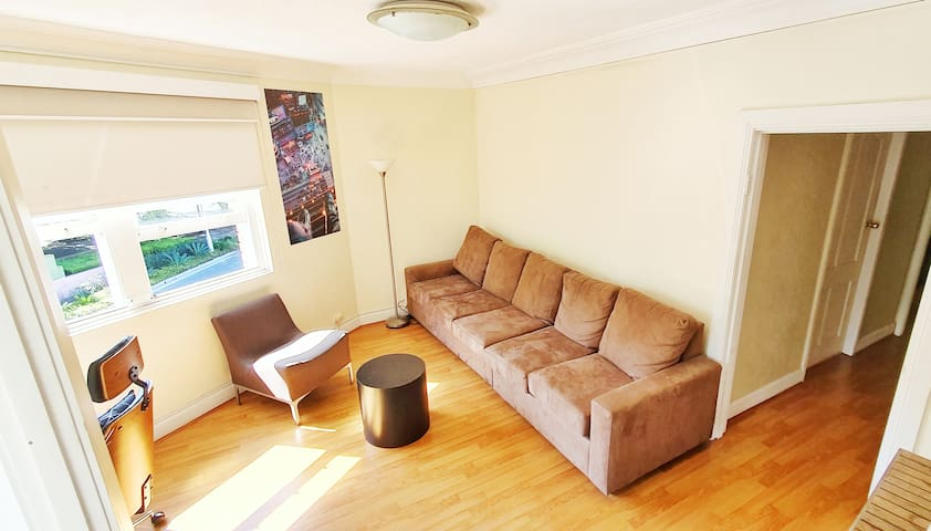 ** CHEAP ACCOMMODATION, Kings Cross/Potts Point**