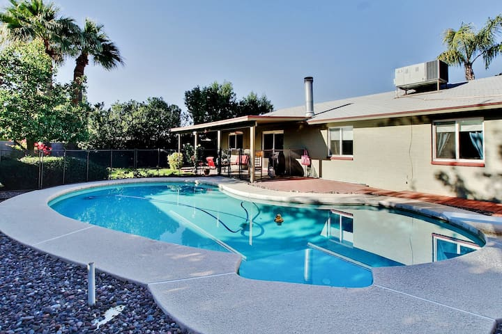 Phoenix House w/ Private Pool - Near Everything!
