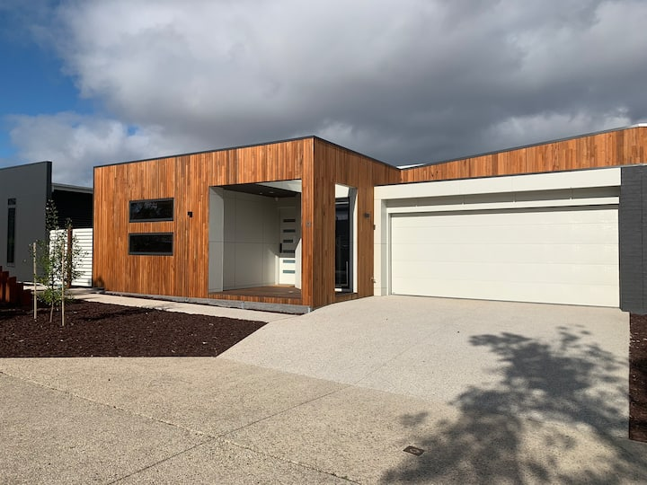 Inlet Holiday Apartments Unit 12 at Inverloch