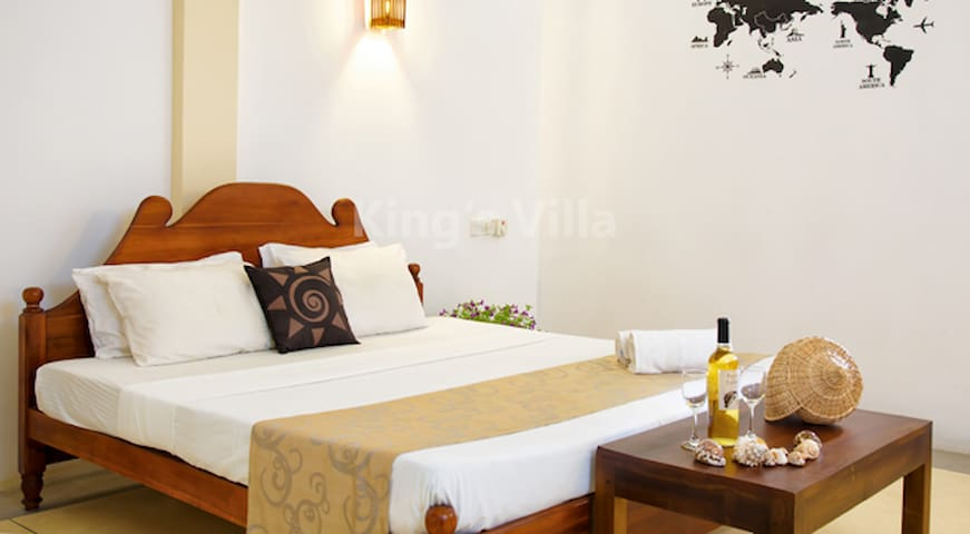 Kings Villa - (Official) Basic Double Room 02 - Tangalle