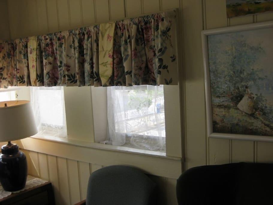 T2 Sitting Room