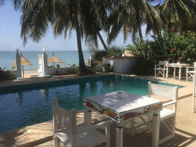 nieuw: charmant strandhuis Casa Louka Beach