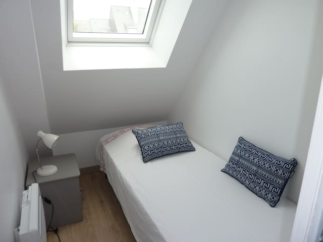 petite chambre cabine, idéale pour un enfant.