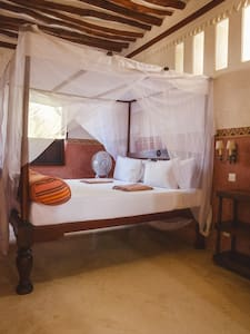 Bedroom of Room 1