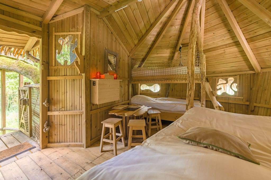 cabane spa r veuse pour 4 personnes treehouses for rent in chassey l s montbozon bourgogne. Black Bedroom Furniture Sets. Home Design Ideas