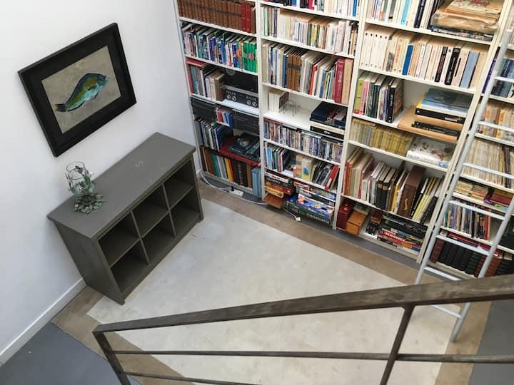 Chambre duplex indépendante maison loft, calme