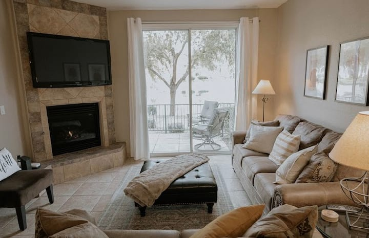 Waterfront*First Floor *Gated*Updated*Clean*Golf
