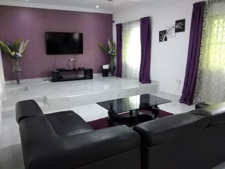 Van's Place 2 - Accra