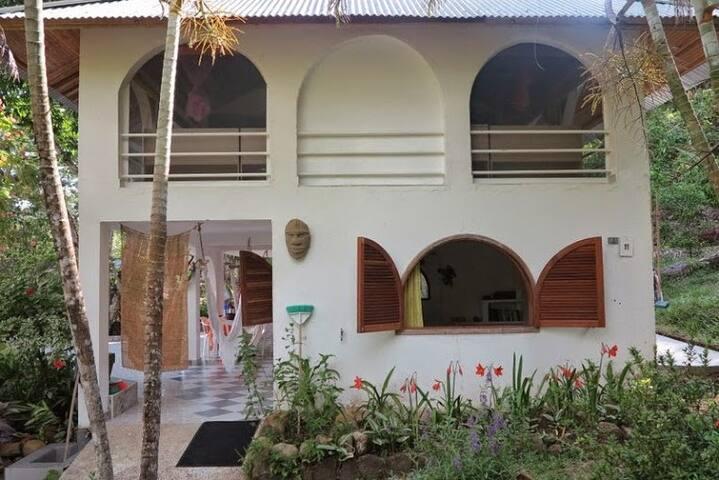 CABAÑA  EN LA REPRESA PRADO TOLIMA - Prado - Casa de campo