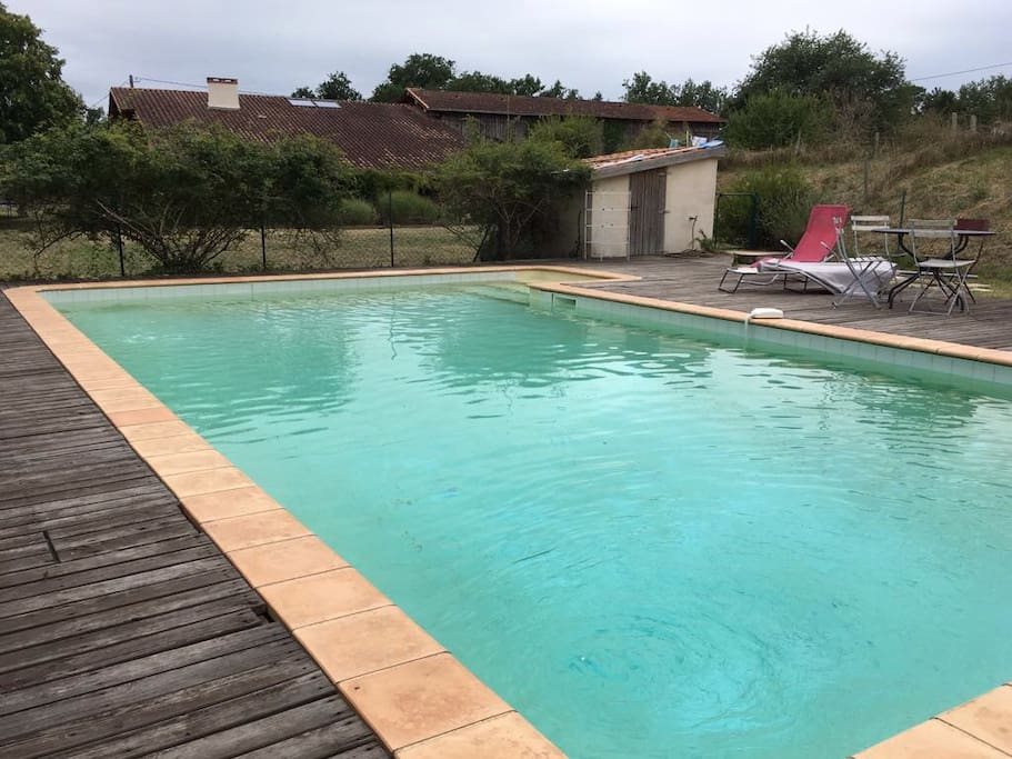 Swimming pool with steps and terrace