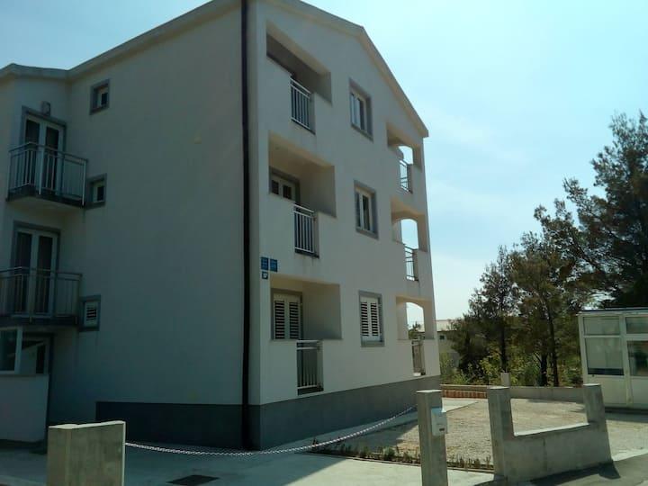 Apartman br. 4