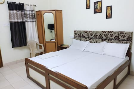 Executive Room Hotel Indra Mahal