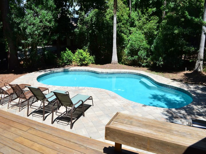 33 Battery Road ~ Single Story Private Home with Pool in Scenic Sea Pines