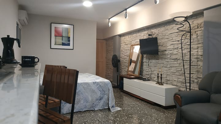 Modern Loft Perfectly Located in Havana (wifi)