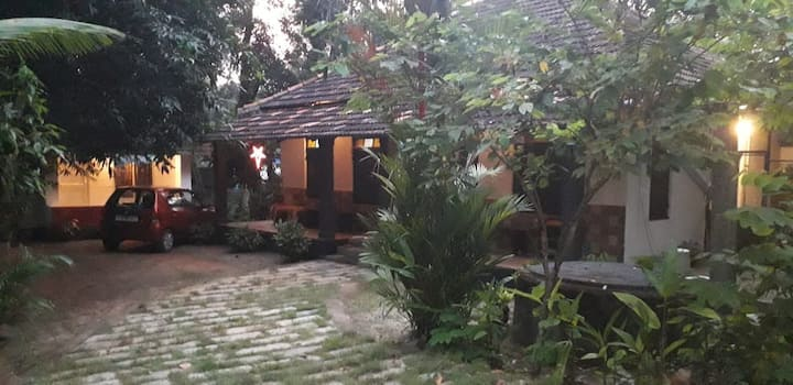 Veedu Home-Stays