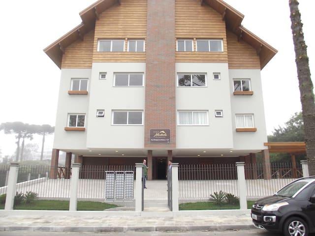 Lindo apartamento mobiliado em Gramado/RS