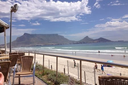 Self Catering Double room with a view - Cape Town