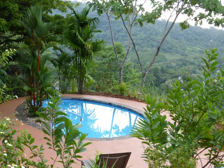 Quality Villa  by Dominical and Quepos