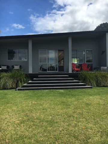Stunning, family Beach house - Pauanui - 一軒家