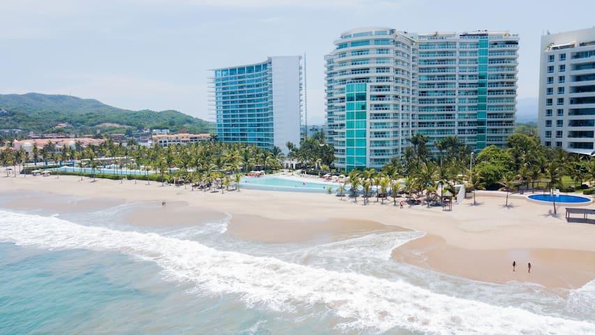 Exterior Views from Playa El Palmar