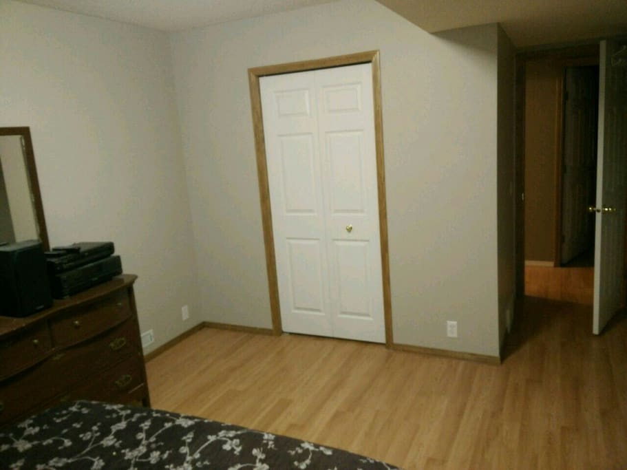 walkout basement private room houses for rent in calgary alberta