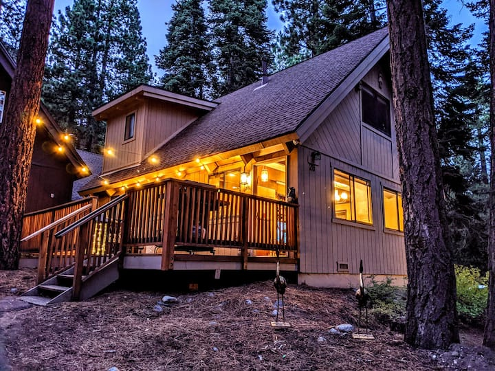 New! Incline Village Chalet nestled in the trees