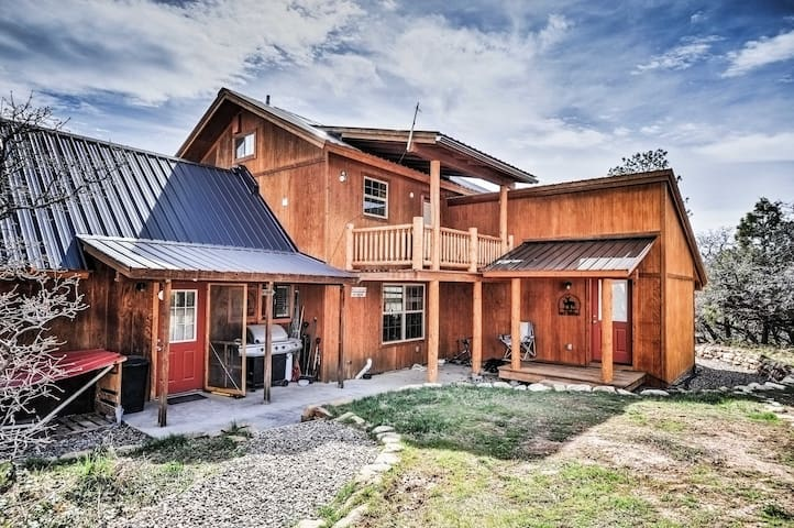 New! Private 3BR Pagosa Springs Cabin on 7 Acres!