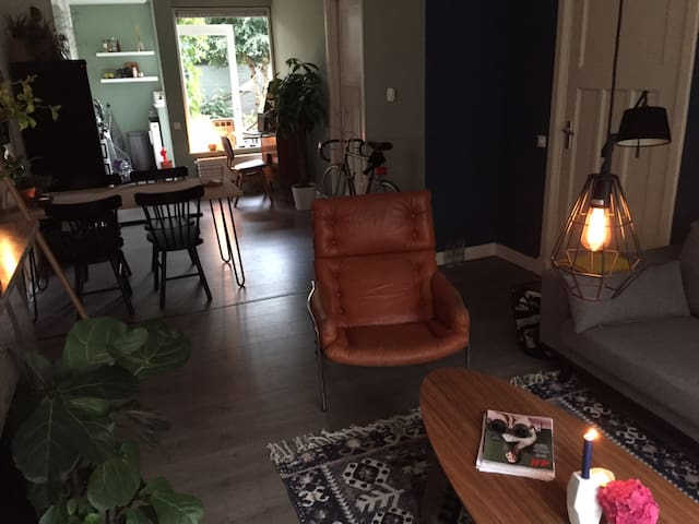 Gorgeous & Trendy with sunny garden and fire place - Groningen - Apartment